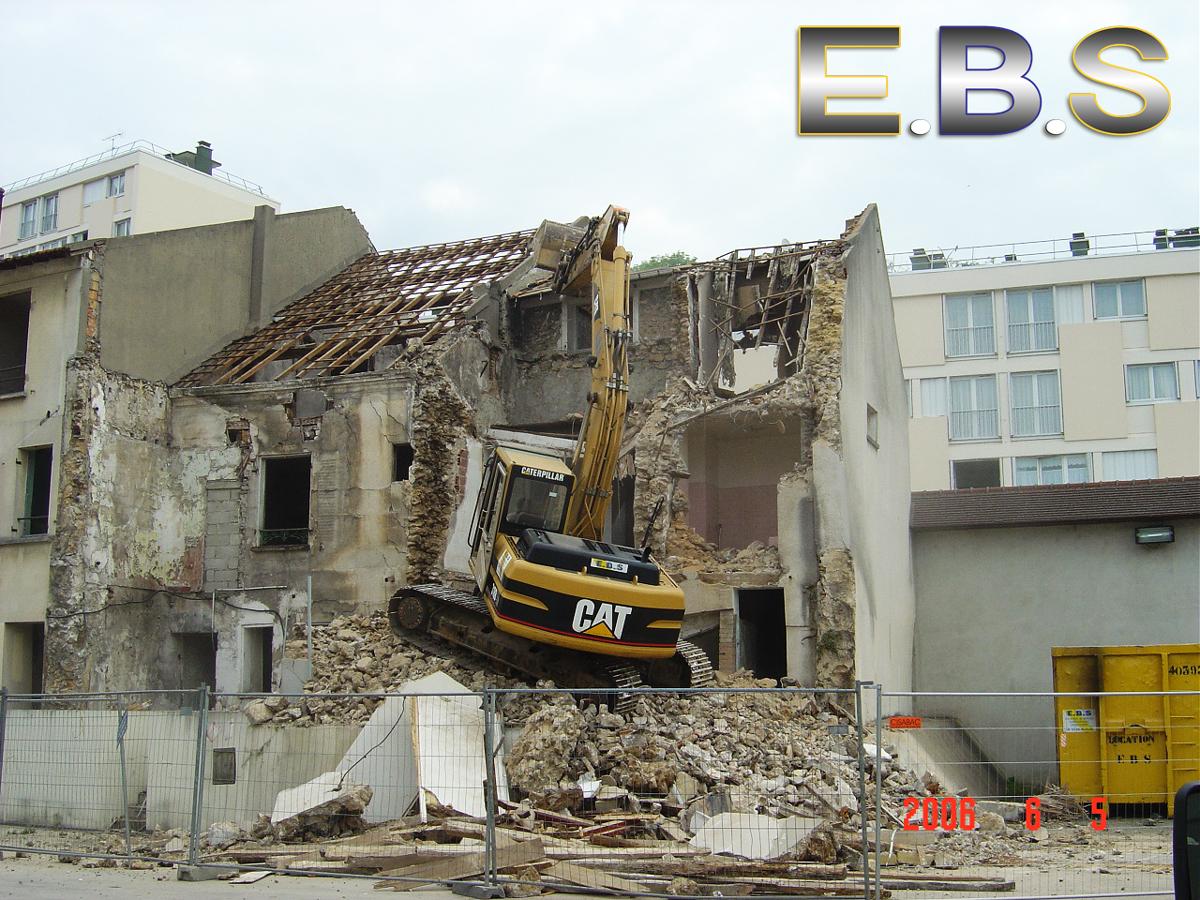 chantier de démolition bâtiment